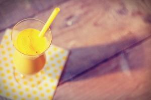 paasbrunch recept  Paas smoothie met mango