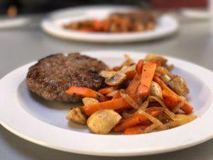 4 tips om doordeweeks een snelle en gezonde maaltijd - zoete aardappel